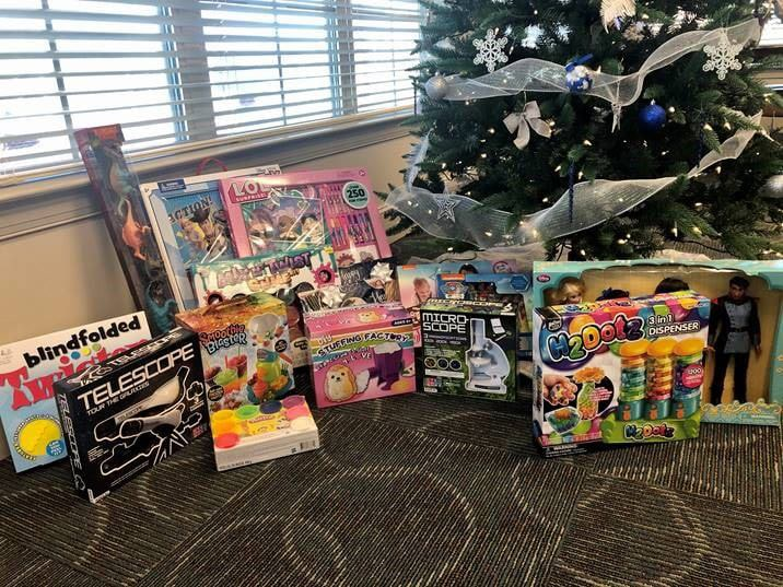 Fieldstone Apartments donates to Toys for Tots