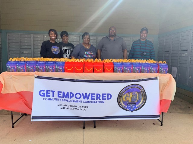Get Empowered'Delivers Lunch to Wilsondale Apartments
